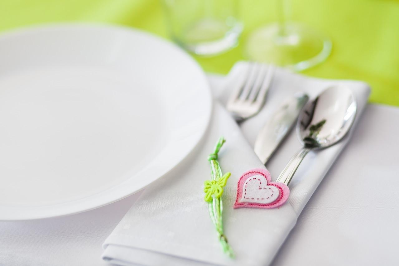 tableware-1368882_1280